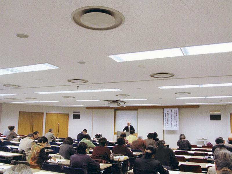 新潟国際情報大学、新潟日報社の立案した「モンゴルを語る」フォーラム5回(中山輝也、及川紀久雄、エンクバヤル、白石典之、木村毅)で木村毅会長が講演