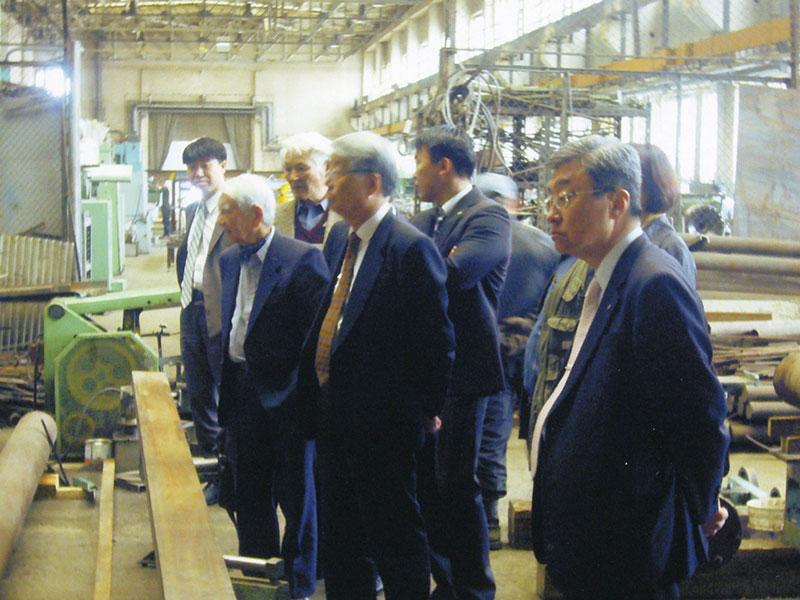 旧国営工場の改善に向けての視察