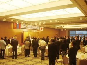新潟県などが主催した在新潟モンゴル国名誉領事館開設5周年祝賀会での両国国歌演奏(2012.7)